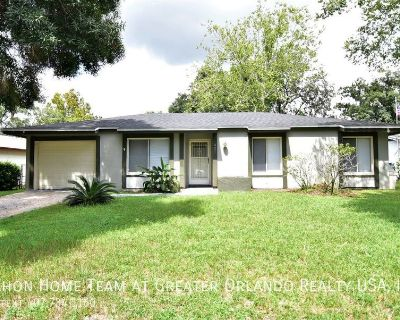WINTER SPRINGS 3br 2ba home with SCREENED PORCH and FENCED YARD.