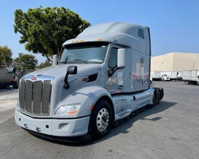 2020 PETERBILT 579 Sleeper Trucks Truck
