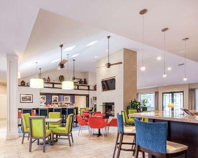2-bedroom Suite at Hampton Inn & Suites Wilmington/wrightsville Beach by Suiteness - Wilmington