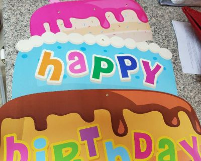 HAPPY BIRTHDAY BANNER, EXCELLENT CONDITION, SMOKE FREE HOUSE