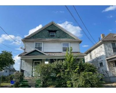 4 Bed 1.5 Bath Preforeclosure Property in Dayton, OH 45402 - Dakota St