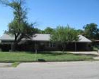 Hurry Price Reduced for Immediate Sale on This Brick Home in West!!
