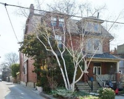 5 Follis Avenue #Basement, Toronto, ON M6G 1S4 4 Bedroom Apartment