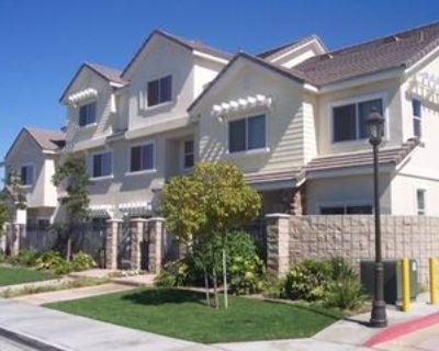 4841 Sapphire Way, Cypress, CA 90630 2 Bedroom Condo