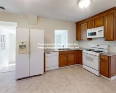 89 Green St #2, Reading, MA 01867 2 Bedroom Apartment
