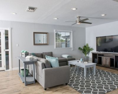 Tastefully Designed Vacation Home & Short-Term Rental in Old Town Scottsdale - Cox Heights