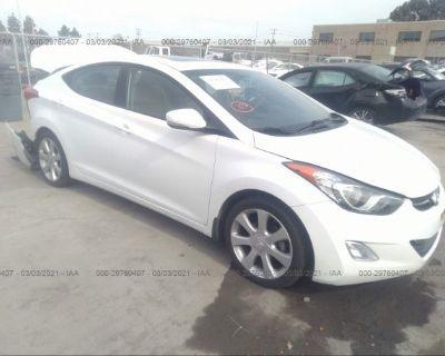 Salvage White 2013 Hyundai Elantra