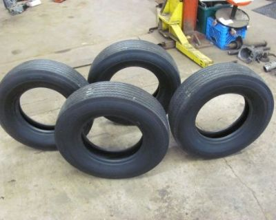 Set Of 4 Goodyear Tires G78-15 Bias Ply Tires Almost New Good Year