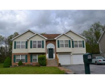 4 Bed 3 Bath Preforeclosure Property in Martinsburg, WV 25405 - Good Dr