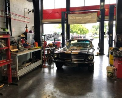 Autoshop with car lifts and huge parking lot, Culver city, CA