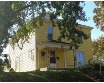 4 Bed 2 Bath Foreclosure Property in Atchison, KS 66002 - T St