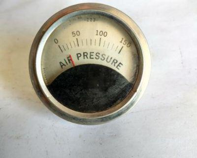 Vintage air gauge