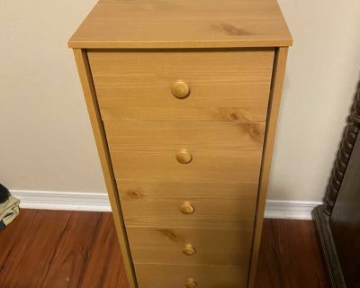 CHEST OF DRAWERS GUC