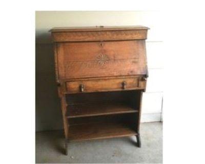 Rustic Crown Antique Auction