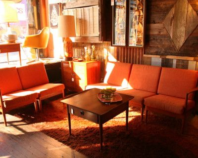 Eclectic,vintage retail store with a rustic speakeasy feel in the heart of the Mission! Bartender included!, San Francisco, CA
