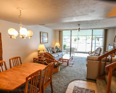 Waterfront Townhome At Boardwalk Caper - Fort Myers Beach