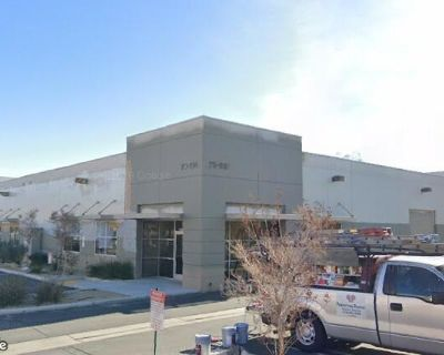 5,320 SF Industrial Building