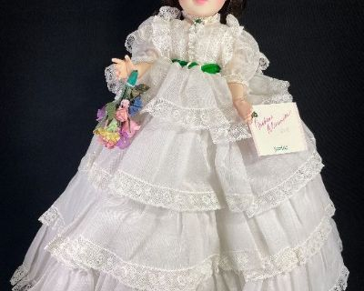 COLLECTIBLE DOLLS, FIGURINES, & PLATES AUCTION