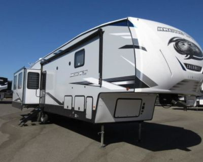2021 Forest River Arctic Wolf 3880SUITE
