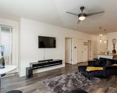 Luxurious 1 bedroom condo, Atlanta, GA