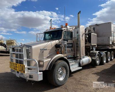 2012 Kenworth T800 10x6 Quad/A Sleeper Truck Tractor