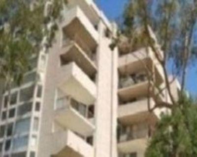 3949 Los Feliz Blvd, Los Angeles, CA 90027 4 Bedroom Condo