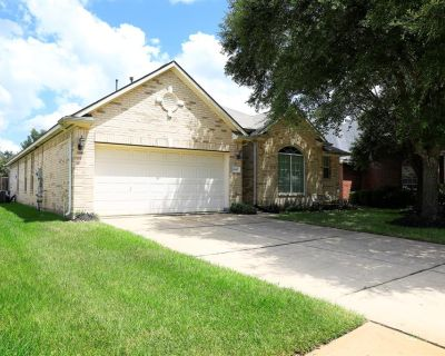 16402 Reddingford Lane, Houston, TX 77084
