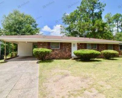 2107 Shamrock Dr, Augusta, GA 30904 3 Bedroom House