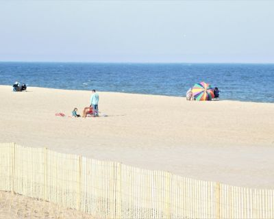 OCEAN FRONT!! Dog Friendly. Downtown Bethany Beach 98W - Bethany Beach