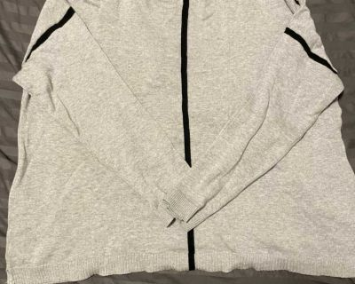 Used as a maternity sweater ! Size XL- EUC