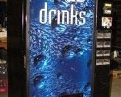 (35 ) AP Snack & Dixie Narco / Vendo Soda Vending Machines