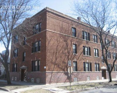 2055 W Cuyler Ave #1