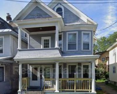 830 Jay St #1, Albany, NY 12203 3 Bedroom Condo