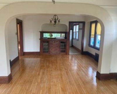 8031 N 47th St #LOWER, Brown Deer, WI 53223 2 Bedroom Apartment