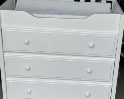 Infant Changing Table