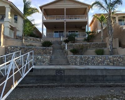 Riverfront House / spacious upper and lower entertaining decks with great views. - Holiday Shores