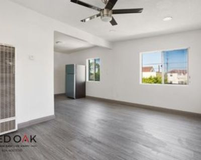 5222 Latham St #5, Los Angeles, CA 90011 2 Bedroom Condo