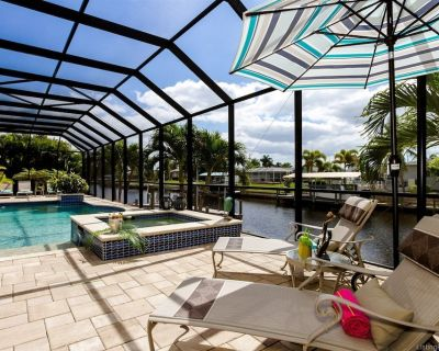 Maison Soleil - Luxury Home with Saltwater pool and direct Sailboat Access - Pool table - Caloosahatchee