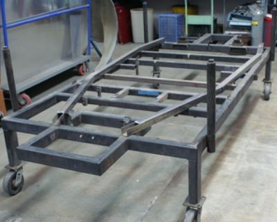 Rolling chassis fixture