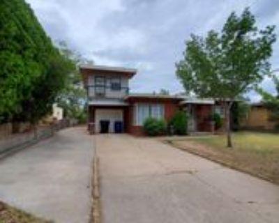 609 Adams St Se #1, Albuquerque, NM 87108 3 Bedroom Apartment