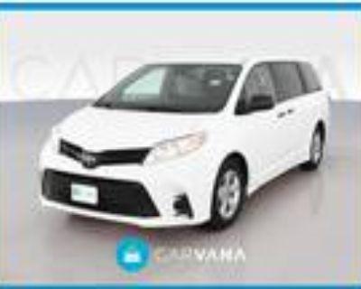 2019 Toyota Sienna White, 58K miles