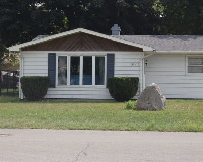 Enjoy a fun, pet-friendly home with incredible lake views at a great rate! - Culver