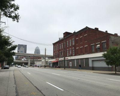 1006 West Main Street The K.S. Caufield Building