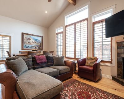 Charming Ski Home in the heart of Old Town Park City, with Hot Tub & WiFi - Downtown Park City