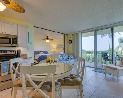 NEW OWNERS...Gulf Front, Updated, CLEAN Beach Condo W/ Great View! - South Island