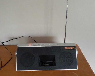Laltec Lansing portable speaker