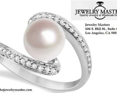 Make Your Engagement Day More Lovable With Pearl Diamond Ring