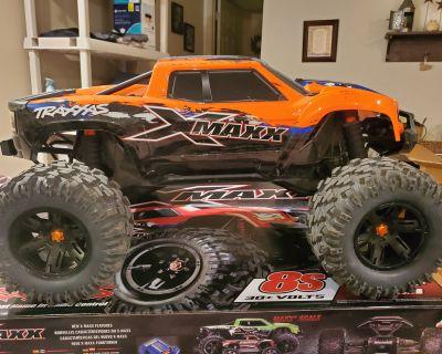 Traxxas X-Maxx 8S (Orange)