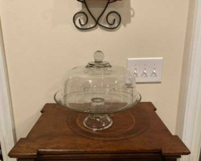 Like New Anchor Hocking Presence Cake Plate with Dome