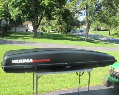 $200 OBO Car top Carrier Yakima